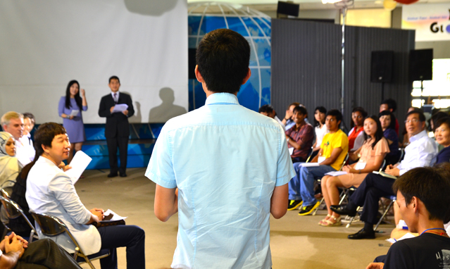The SISF proposals were presented before Seoul Mayor Park Won-soon (right) at a townhall meeting on August 23.